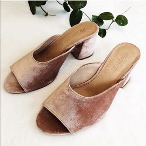 Madewell the Beatriz Mule in Pink Velvet size 8